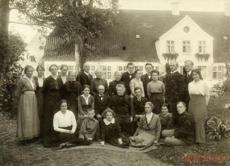 Slægten fra Hesselballe og Dalbygaard